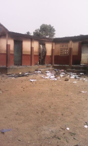The police post in Bamoi burnt down by angry youths