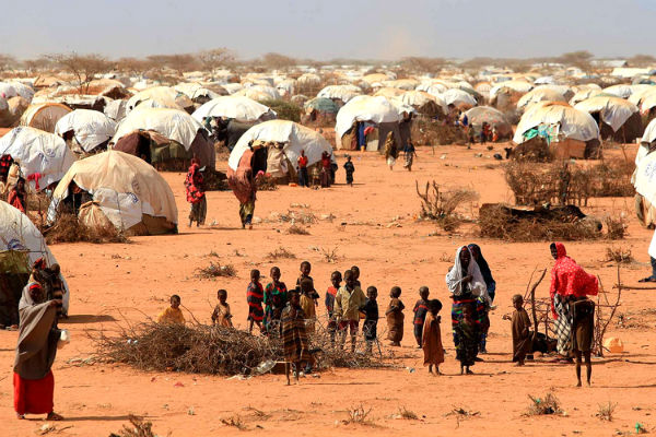 Somali-refugee-camp-600x400