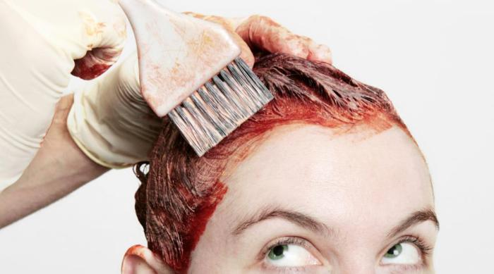 woman-dying-her-hair-red