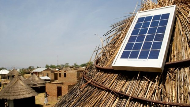 Selling-solar-panels-in-Africa-Courtesy-Azuri-technologies-621x350