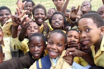 Nigerian-School-Children-The-Trent.jpg