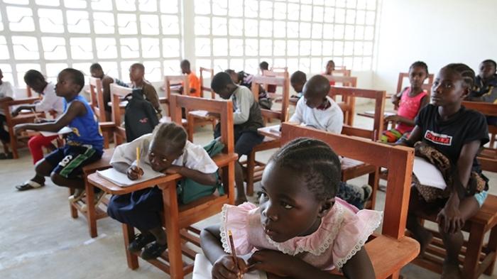 Chidren in a classroom in Billytown, Liberia.