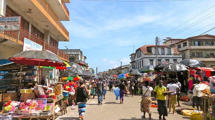 Market scene in Freetown, Sierra Leone